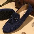 Sapato da moda Plus Size 39-44 Estilo Borla Mocassins de Camurça Homens Apartamentos Mocassins de Couro de Camurça Homem loafers Peas Sapatos