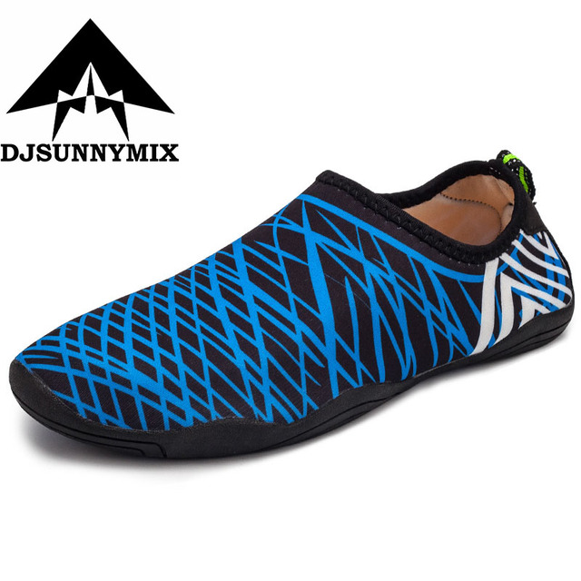 6ee4ee644acf DJSUNNYMIX Childrens Beach Shoes Outdoor Swimming Water Shoes Anti-Slip  Quick Dry Aqua Shoes Kids Boy Girl Walking Yoga Sneakers