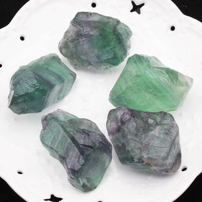 Natural crystal raw stone fluorite ore ornaments specimen stone energy stone fish tank stone carving material wool color in Stones from Home Garden