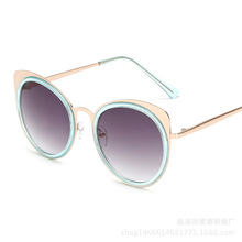 The cat eye sunglasses sunglasses 2017 new round box all-match ladies fashion sunglasses essential Street