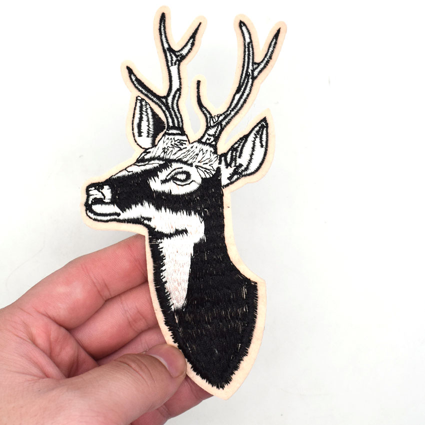 1 Pcs Embroidered Animals <font><b>Deer</b></font> <font><b>Patches</b></font> Iron on Sew on Applique for Clothing DIY Motif Applique image