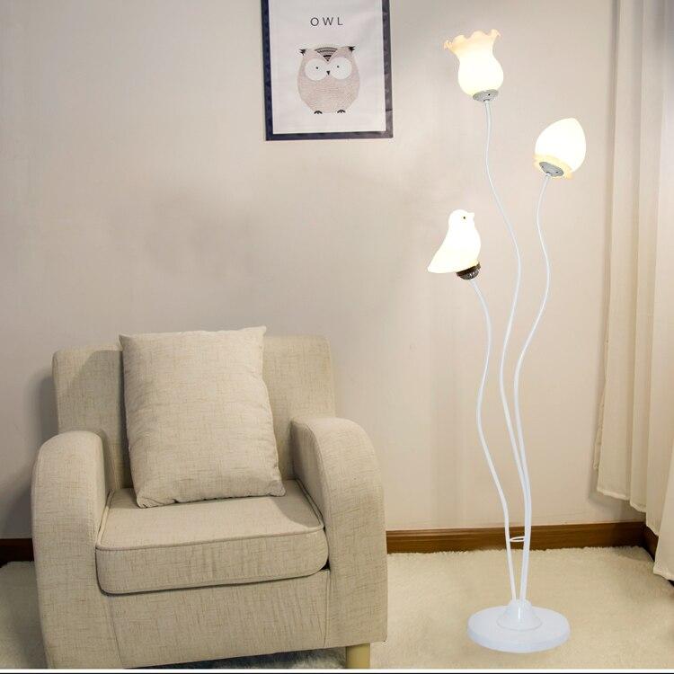 Modernen Minimalistischen Weiss Schwarz Stehleuchte Wohnzimmer Ecke