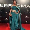 Elegante de Cetim Verde Com Cabo Fora Do Ombro Sereia Vestidos de Celebridades 2017 Tapete Vermelho Vestidos Apliques Trem Da Varredura Vestidos de Baile
