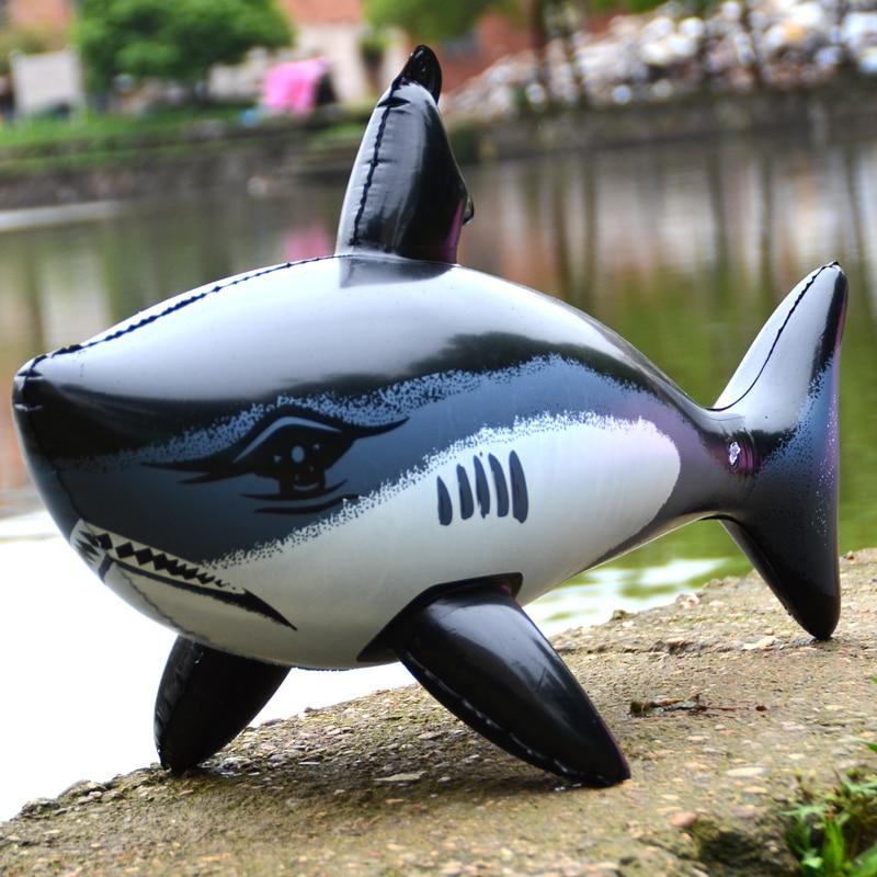 Inflatables 상어 모델 풍선 바다 동물 잔인한 블랙 상어 장식 항목 Pvc 어린이 야외 게임 플레이 선물을 교수형