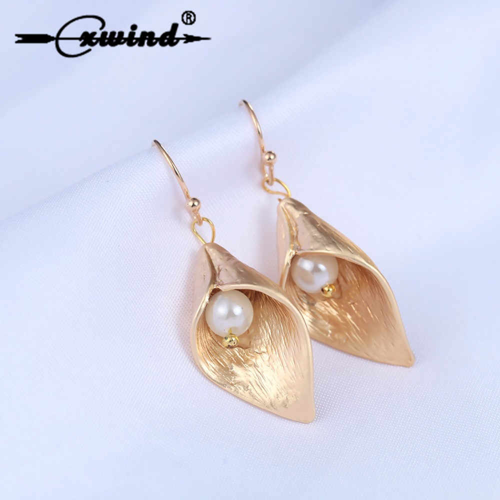 Cxwind Calla Lily Flower Earrings Wedding Dangle Pearl Long Ethnic Earrings Fashion for women gift Wholesale oorbellen