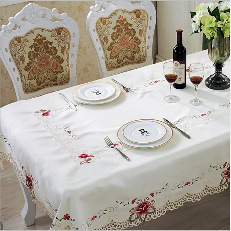 Europe Style Wedding Bordduk Broderet Blomsterkant Edge Dæmpe Dæksler til Table Home Party Bordduge High Quality