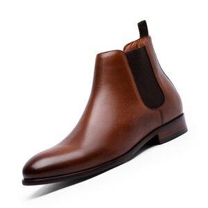 Image 1 - 2020 Echt Leer Mannen Laarzen Herfst Winter Enkellaars Mode Schoenen Slip Op Schoenen Mannen Business Casual Hoge Top Mannen schoenen