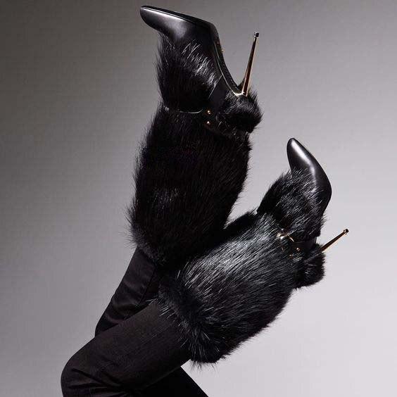 Sestito Новинка 2018 г. женские пикантные кроличьим мехом острый носок Зимние сапоги до середины голени женские из металла высокий тонкий каблук