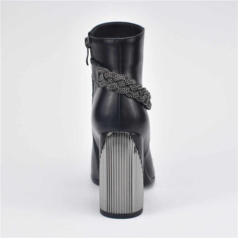 Odetina Yeni Moda Siyah Kadınlar Yüksek Topuk yarım çizmeler Metal Zincir Ile kısa çizmeler Yan Fermuar Kalın Kare Topuk Kış Ayakkabı