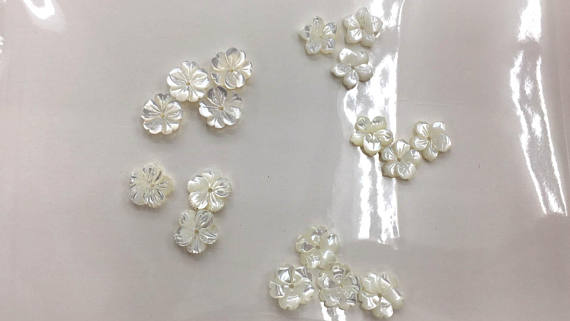 high quality 50pcs genuine MOP Shell beads 8\10\12mm Fluorial Petal Caps Rose Flower Carved high quality white shell jewelry