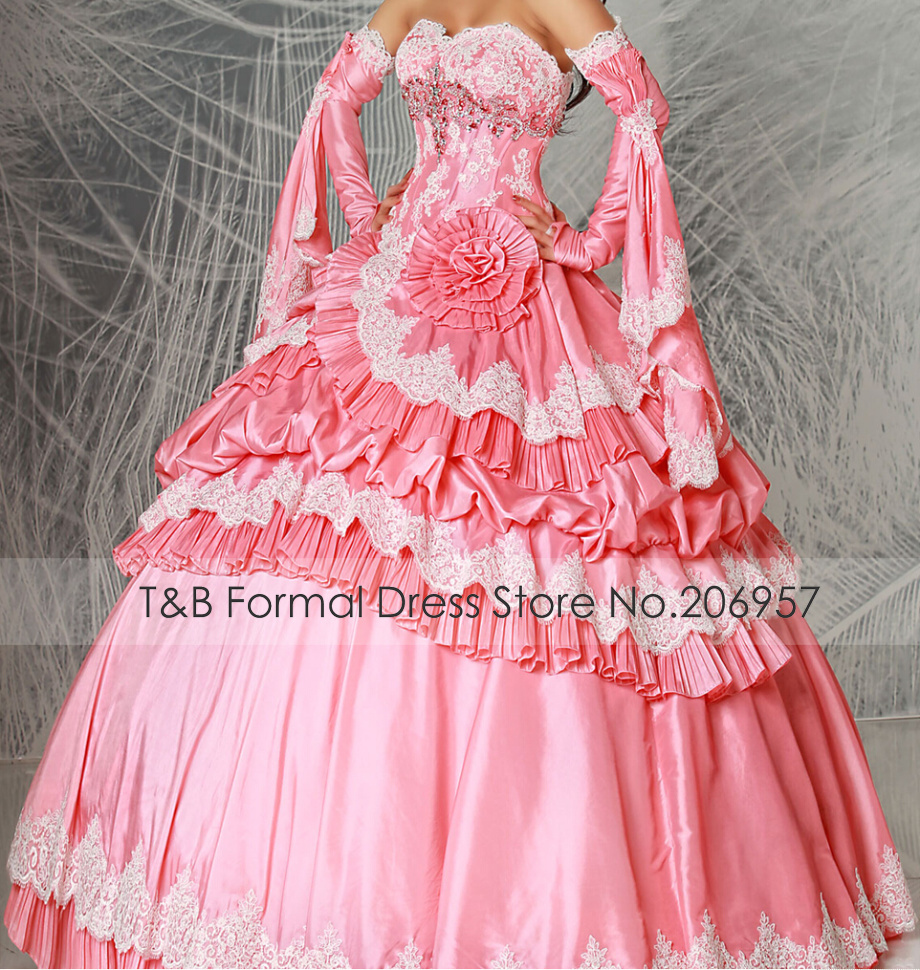 TB212 Vintage Design Sleeves Lace Appliques Quinceanera ...