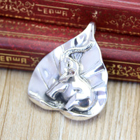 Manufacturers Selling High End Thai Silver Jewelry Silver Leaf Shaped Elephant Pendant In Sterling Silver Pendant