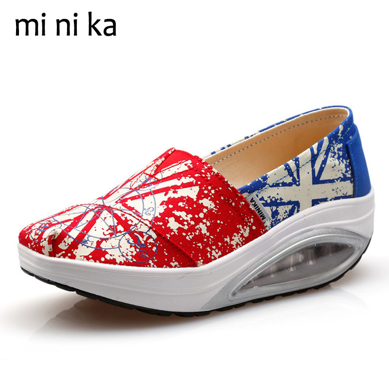 MINIKA New 2017 Slip On Women Flats Canvas Breathable Women Flat Shoes Platform Casual Female Loafers Swing Boat Shoe SNE-795 lanshulan bling glitters slippers 2017 summer flip flops platform shoes woman creepers slip on flats casual wedges gold