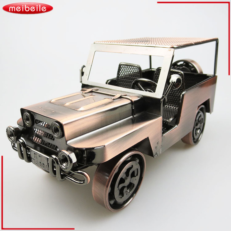 1:18 Retro Jeep Offroad Vehicle Car-styling Simulation Car Scale Collection Alloy Metal Auto Diecast Model Cars Toy for Children maisto jeep wrangler rubicon fire engine 1 18 scale alloy model metal diecast car toys high quality collection kids toys gift