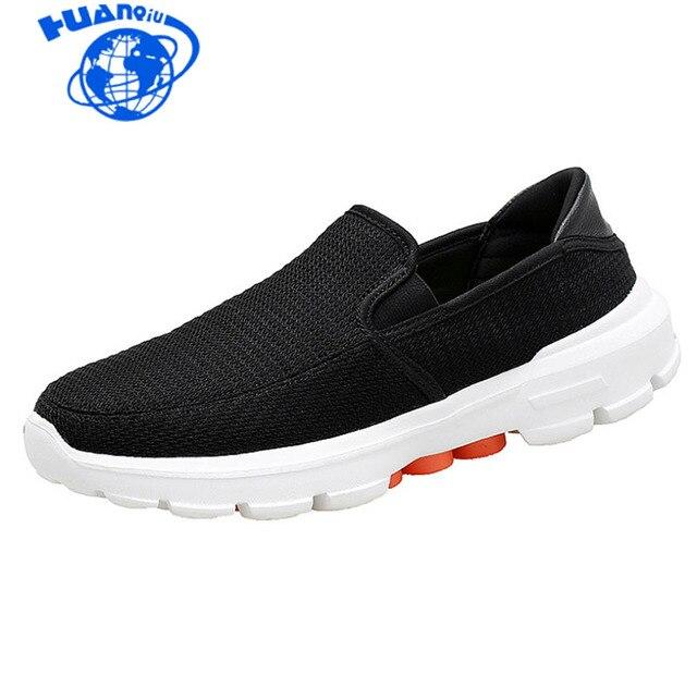 Sapatas Dos Homens verão 2019 primavera negra de malha sapatos casuais HUANQIU luz MD slip-on homens sapatos respirável flats tamanho 37-45 ZLL348
