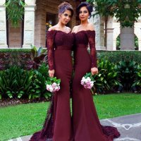 Long Burgundy Bridesmaid Dresses 2019 Elegant Mermaid Sheer Long Sleeve Beaded Applique Arabic Women Bridemaid Dress Party