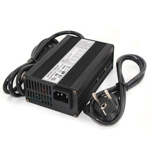 58.8 v 3A Charger 14 s 48 v Li-Ion Battery Charger Lipo/LiMn2O4/LiCoO2 Charger Output DC 58.8 v Met koelventilator Gratis Verzending(China)