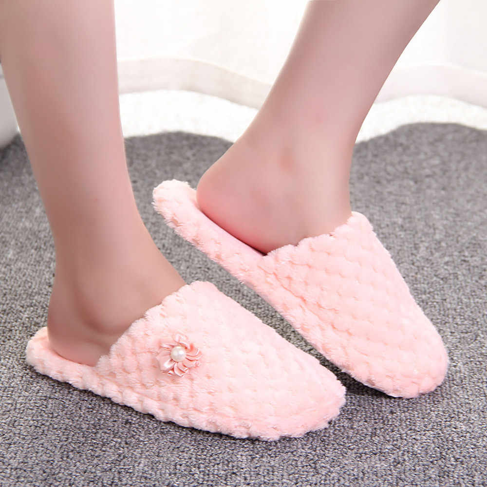 1f7aa4573e0eb Women Warm Shoes Solid Slipper Indoors Anti-slip Winter House Shoes Flip  FlopsWinter slipper Home