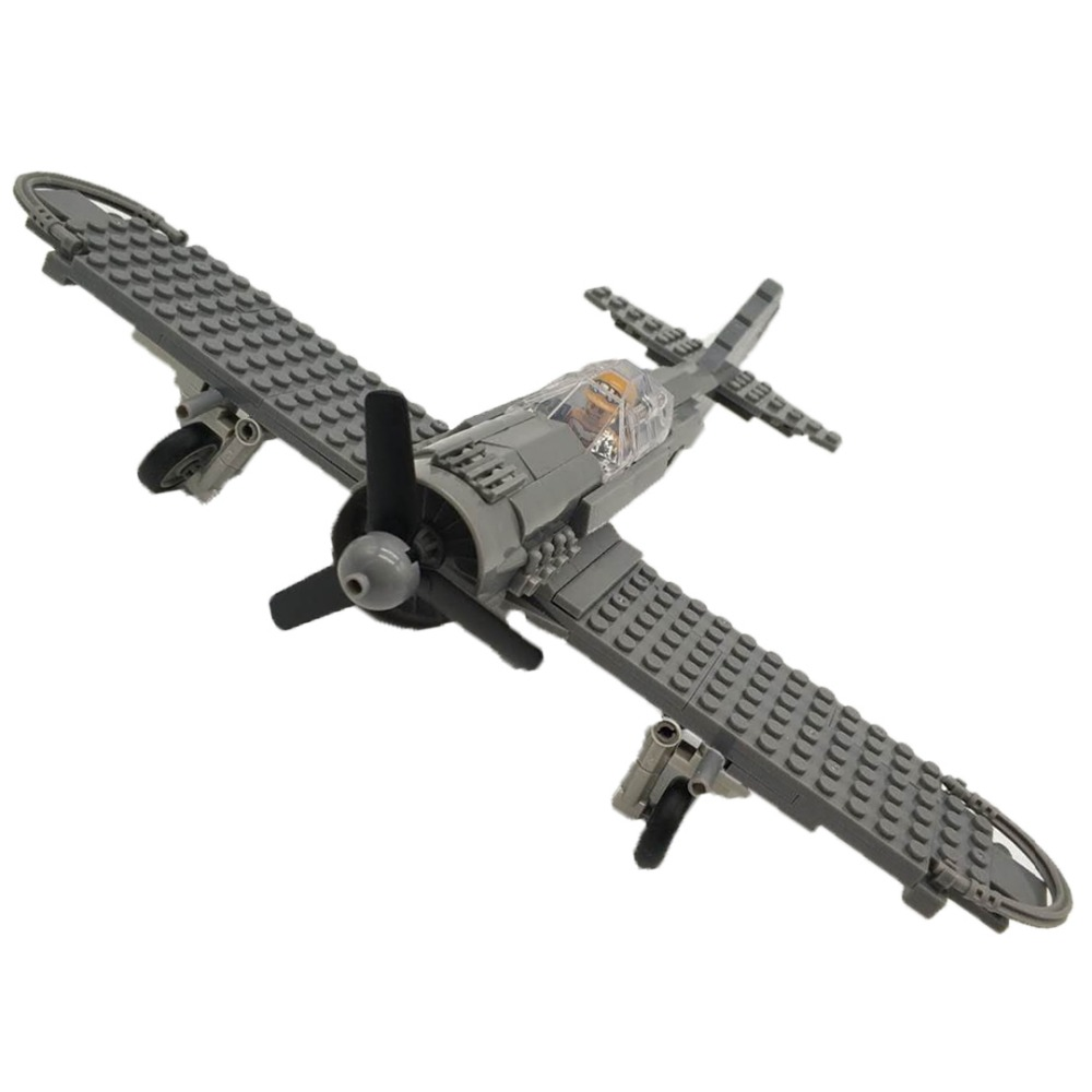 WW2 Military Focke-Wulf 190 Fighter Building Blocks Airplane Models Bricks Pilot Figures Compatible LegoINGlys Toy For Children 2 sets jurassic world tyrannosaurus building blocks jurrassic dinosaur figures bricks compatible legoinglys zoo toy for kids