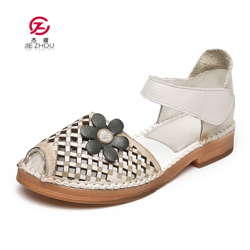 Vintage handmade flower Flat sandals 20019 Summer mom shoes Hollow out female sandals Genuine Leather Women