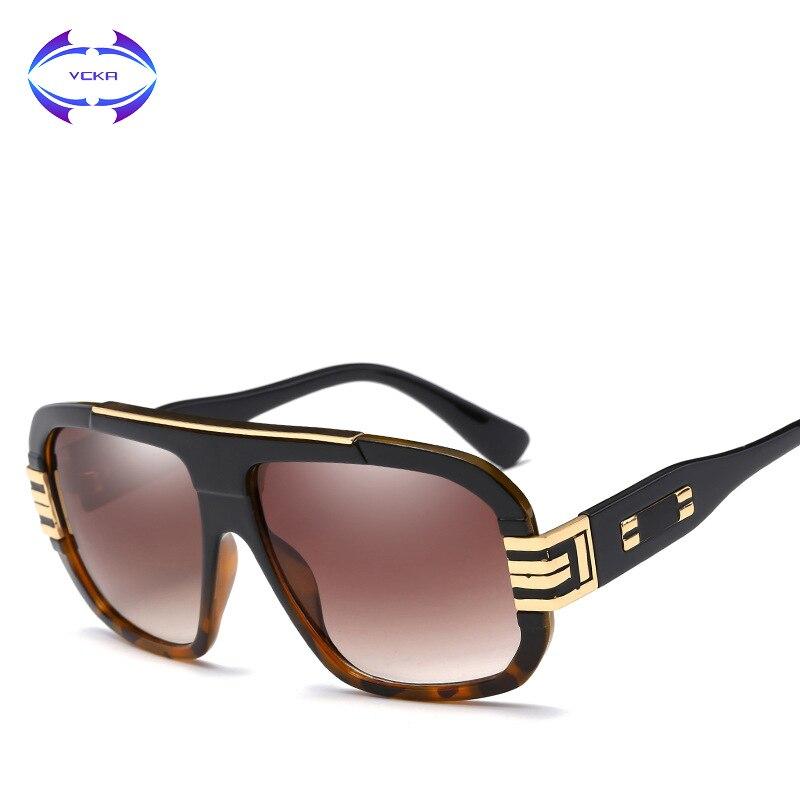 VCKA Euro Vintage Estilo Americano Mulheres Quadrados Óculos De Sol de  Marca Designer de Moda Homens Grandes Óculos de Armação de Lente Degradê  Azul Eyewea ... f201376c79