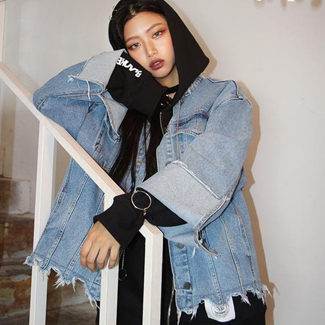 Негабаритных джинсовые куртки женщин 2016 осень и зима личность harajuku отверстия джинсовая куртка пальто женщина куртка
