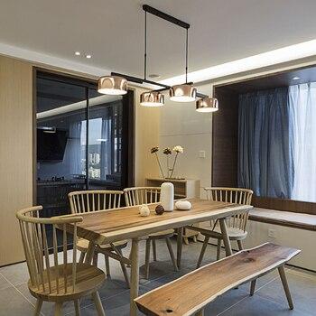 Restaurante rotativo, candelabro, mesa de aire, cuatro ...