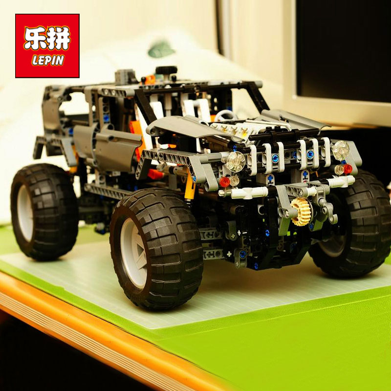 Lepin 20030 1132Pcs Technic Ultimate Series The Off-Roader Set Children Educational Building Blocks Bricks Toys Model Gifts 8297 lepin 20030 technic ultimate series the 1132pcs off roader set children educational building blocks bricks toys model gifts 8297