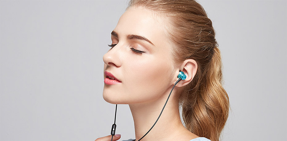 1MORE Piston Fit In-Ear Wired Earphone Noise Isolation buy online in pakistan
