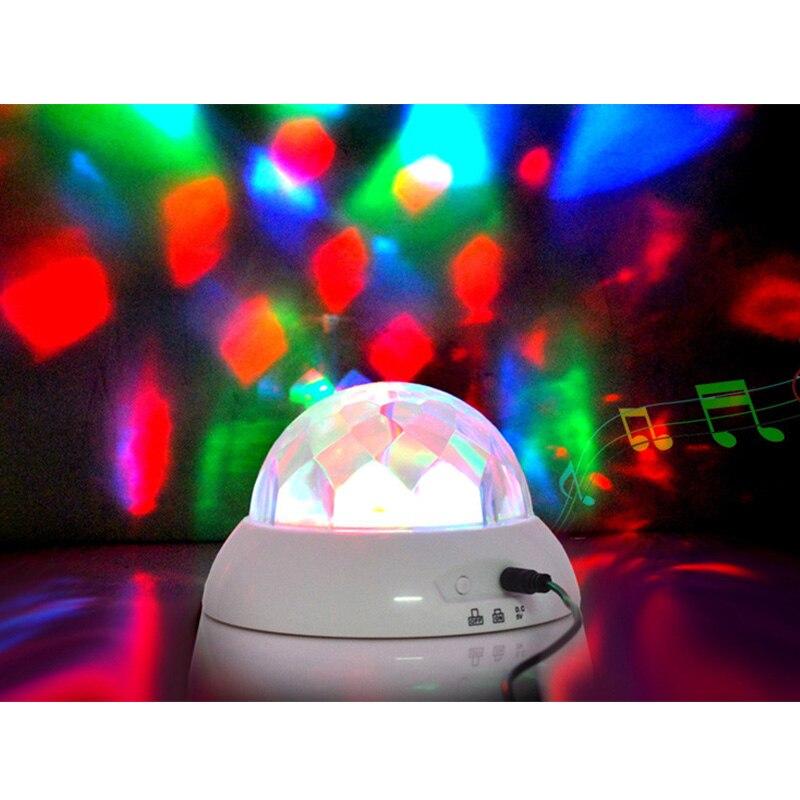 Lampe de Table rotative de projecteur de musique de décoration à la maison avec la charge d'usb et la veilleuse de Festival de Romance