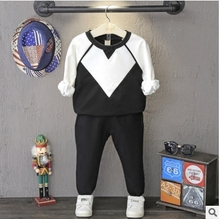 Children suit 2016 Hitz Boys Black white color sweater + pant  suit  two free shipping