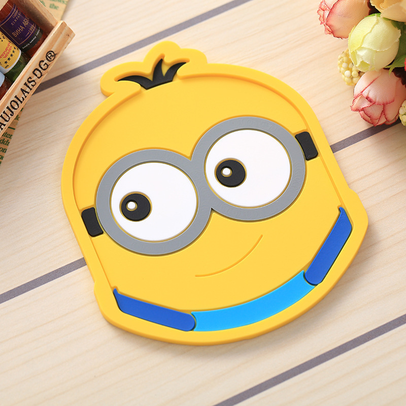 BPLittle yellow man Pcs Silicone Dining Table Placemat Coaster Kitchen Accessories Mat Cup Bar Mug Cartoon Animal Totoro FK-CZD