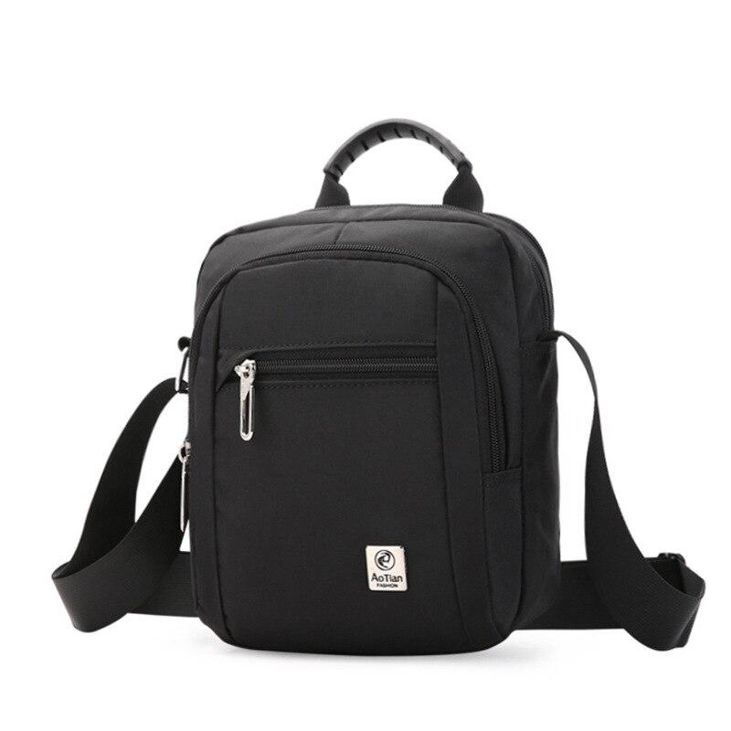 New multi function nylon waterproof one shoulder diagonal handbag handbag Mummy mobile phone change
