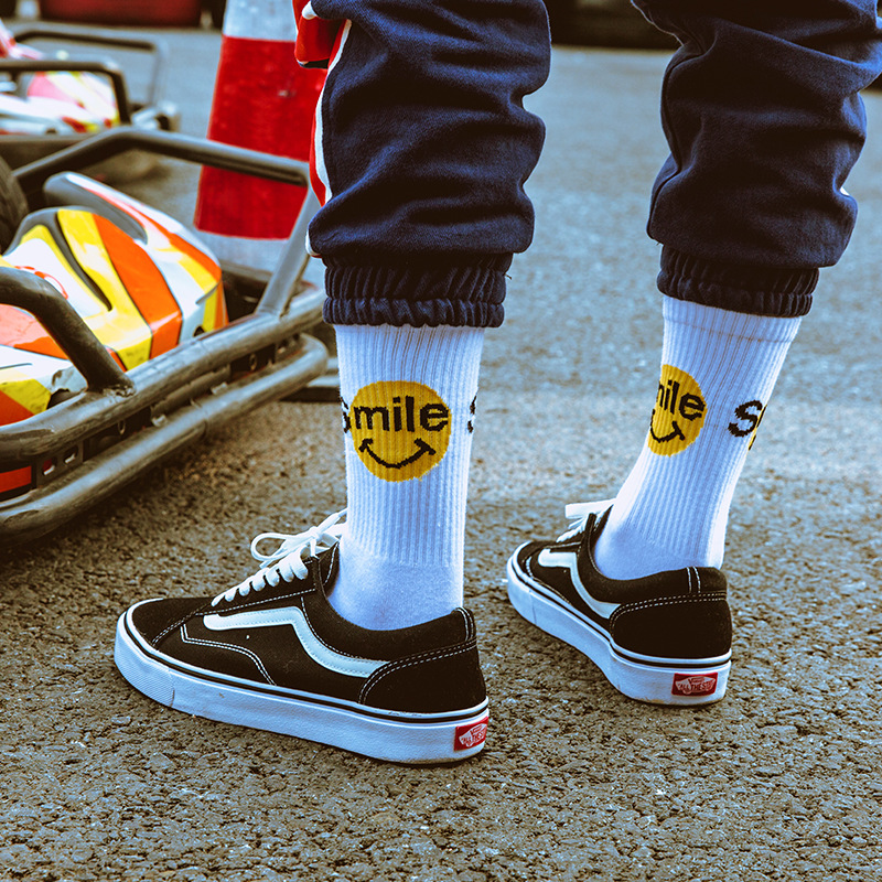 Smiley Hip Hop Tide Cotton Socks, Harajuku Style Couple Cotton Socks, Fashion Popular Skateboard Socks