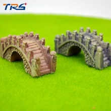 2colors Play house doll model arch bridge Lovely cartoon version Miniature Model Figure Kits Resin Painted Bridge