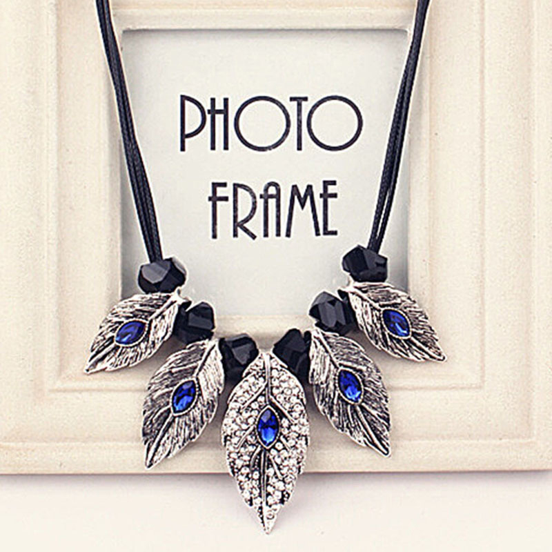 Fashion Jewelry Silver Leaf Long Sweater Necklace Pendant Special Women