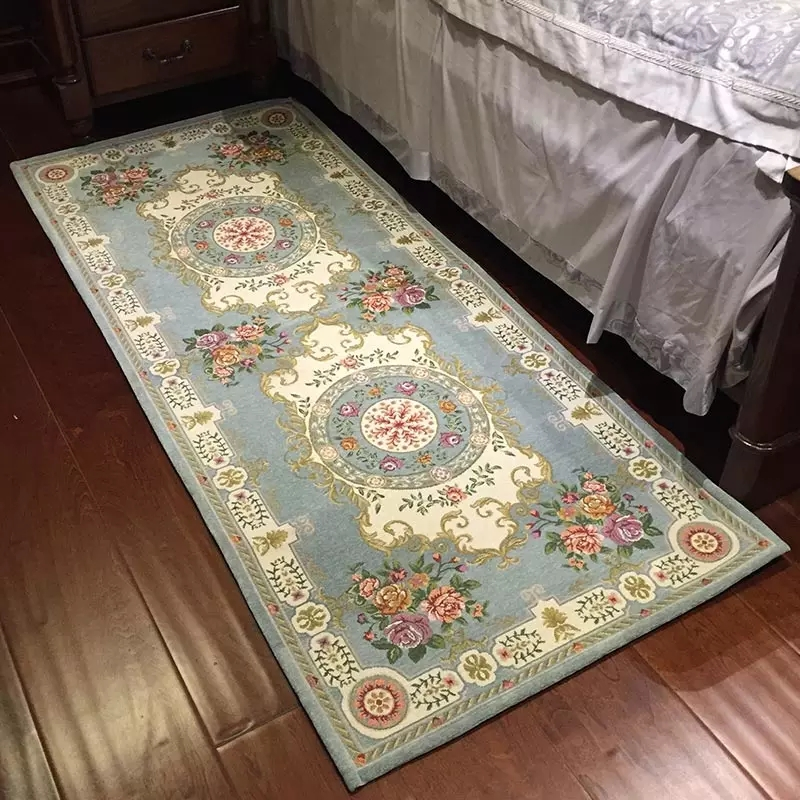 Long Size Classical Retro Floral Bedside Carpet Dressing