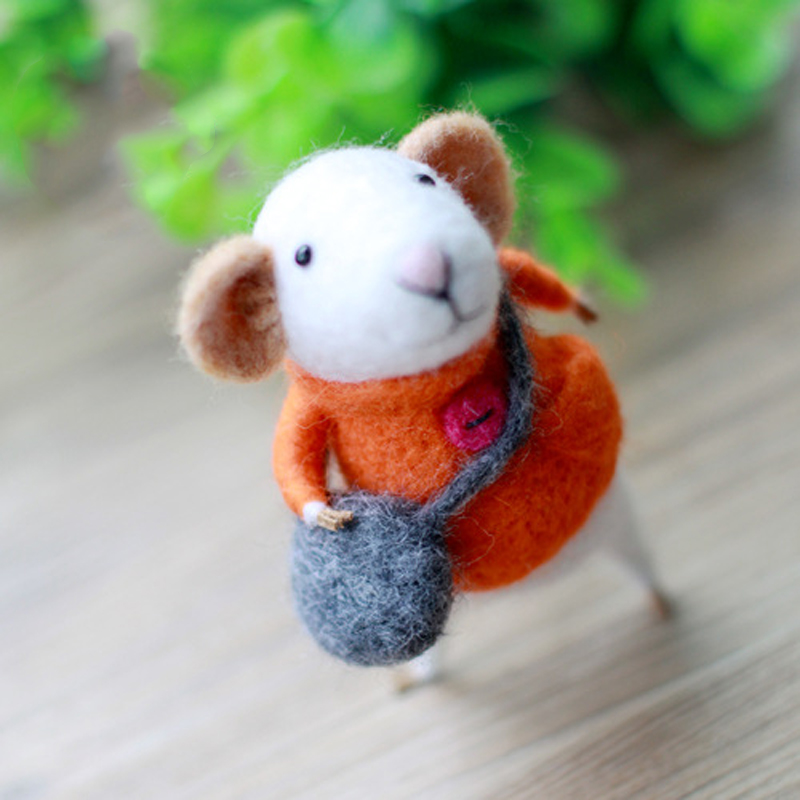 1 Set Non Finished Felting Poked Free Shipping hand craft Wool Felt Poked Set DIY mouse Felt for Needle Material Bag Craft