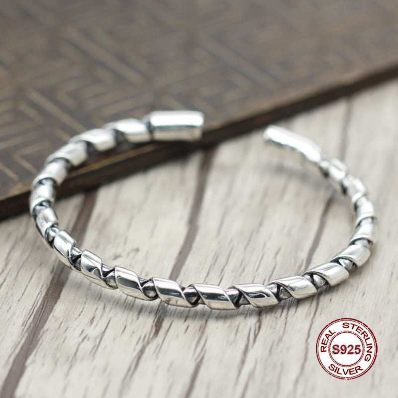 s925 sterling silver new Bangles Simple and generous popular Retro with the preparation of bracelets Classic style Send a gifts925 sterling silver new Bangles Simple and generous popular Retro with the preparation of bracelets Classic style Send a gift