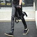 Nueva Llegada de Los Hombres Flacos Pantalones de Cuero de Costura de Cuero de Imitación Elasticidad Jeans Pantalones Deportivos Envío gratis 683