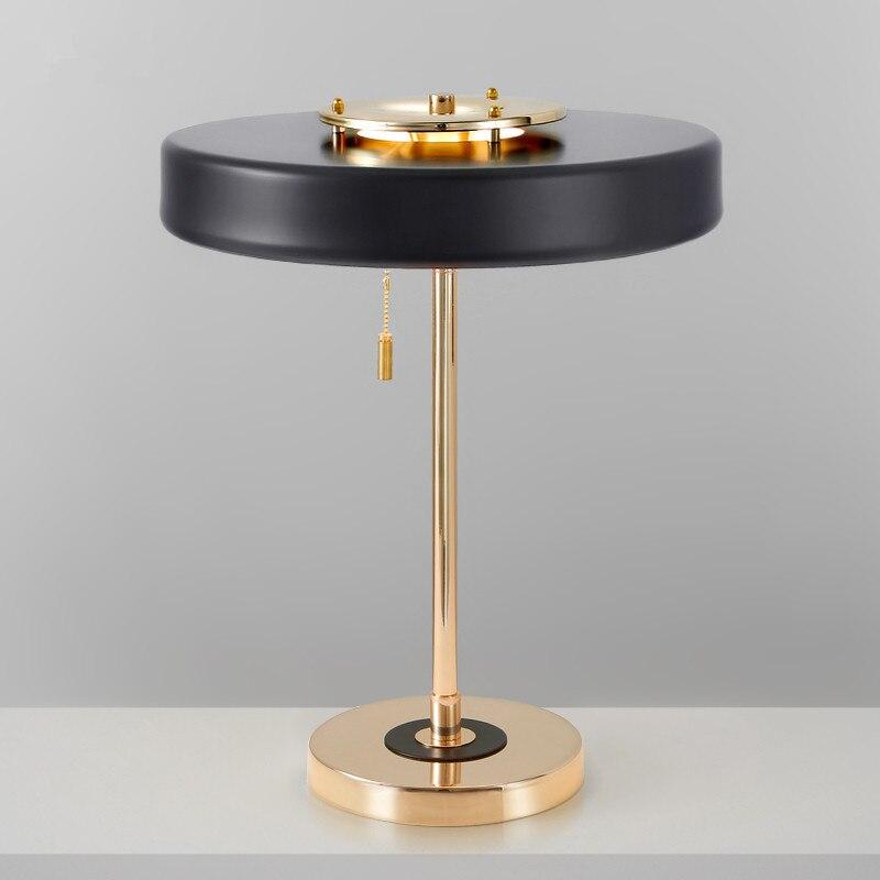 Гладить Креативный дизайнер моды модель настольные лампы интерьер спальни ночники лампа ZL229