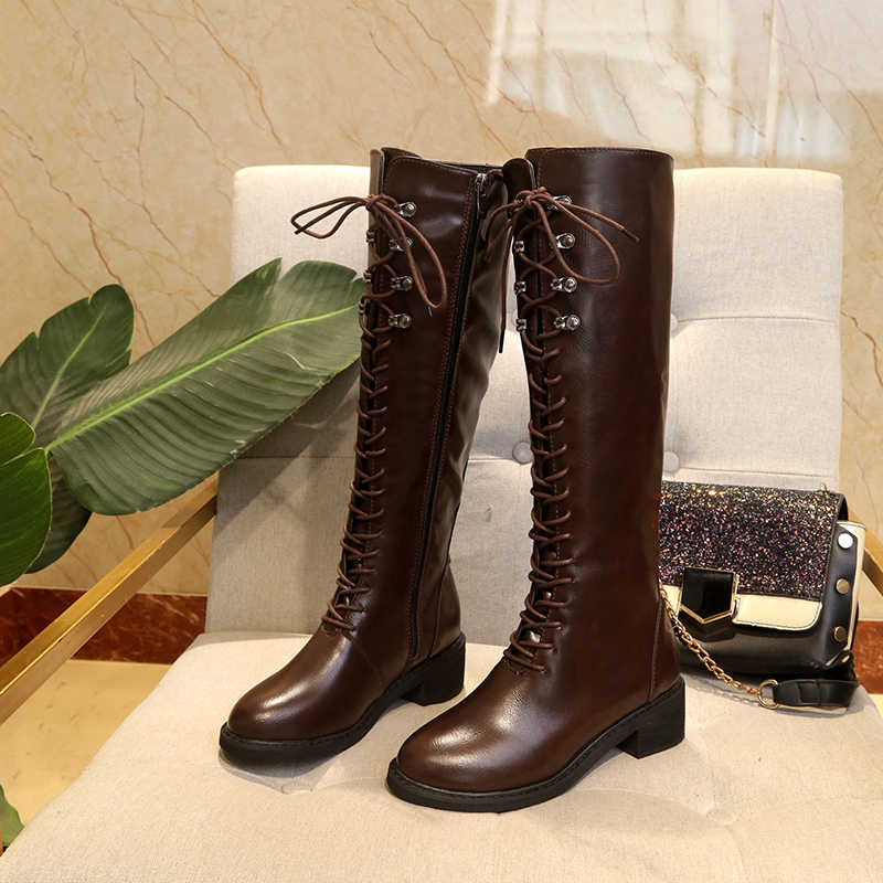 73aefb22cb Kjstyrka 2018 zapatos de mujer de tacón bajo hasta la rodilla botas de  cuero negro con