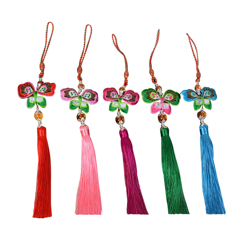 Car Styling Keychain Car Ornaments Embroidery Butterfly Sachet Ornaments in Car Chinese Knotting Tassel Hanging Car