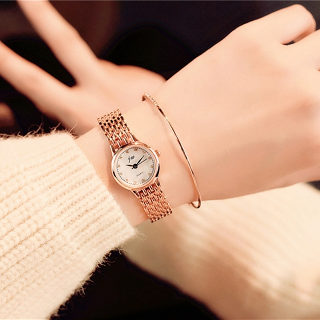 Fashion Brand 2017 New Women's Bracelet Watches Casual Ladies Quartz Watch Stain