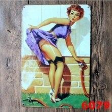 Metal estaño letras artísticas jardín Sexy pin up Humor Ad MANGUERA DE AGUA chica mujer Vintage 20x30CM