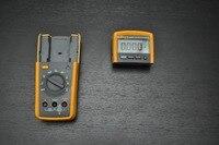 Rapide arrivée Fluke 233/AKIT Multimètre Tru RMS avec Amovible Tête et Accessoires
