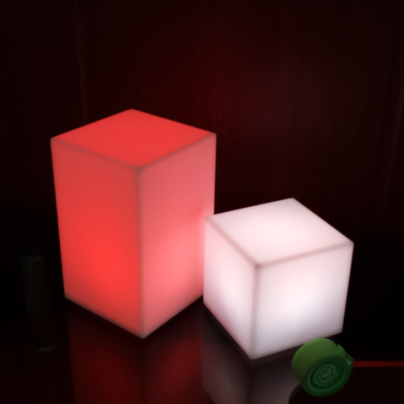 100 mm ABS romantický 7 barevné barevné změny LED světlo stolní lampa domácí výzdoba pro barový nábytek Doprava zdarma 4ks / lot