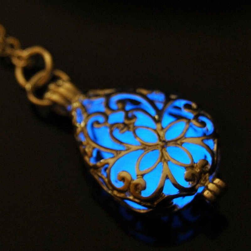 Nowy FashionNecklace świecące kamień medalion naszyjnik biżuteria srebrny Hollow kropla wody wisiorek srebrny blask w ciemności 30*16.3mm