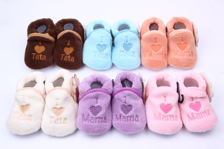 Soft Cozy Baby Toddler Shoes Kids Boy Girls Heart&Letter Pattern Warm Crib First Walkers Skid-proof Shoes 0-1Y