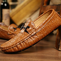 Англии мужские Крокодил Картина Натуральная Кожа Обувь Повседневная Обувь Мужчины Люксовый Бренд Бездельники Моды Вождения Обувь Мокасины 2А